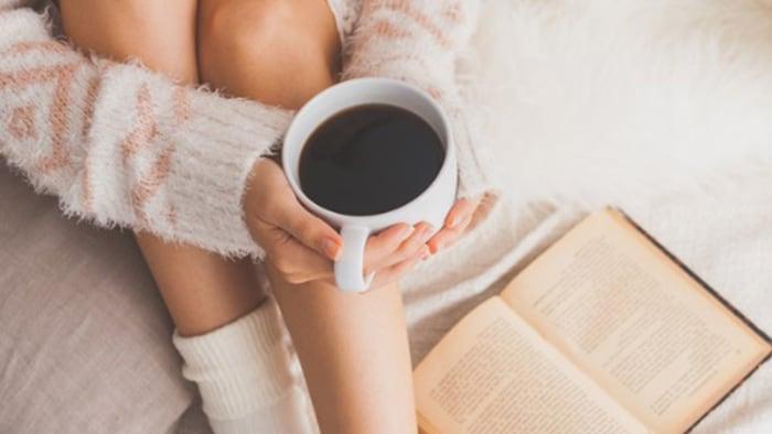 cafeaua decafată te face să slăbești)